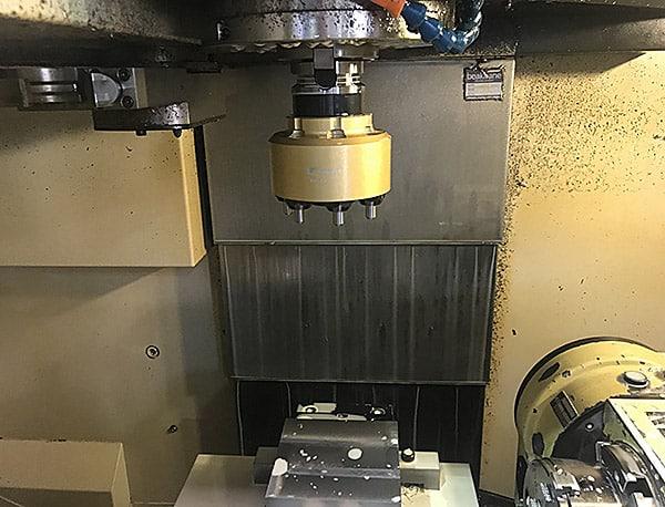 Werkzeugmaschine zum Polieren von Planfräsern