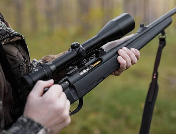 hunting rifle loading